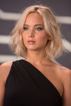 Best hair bob jennifer lawrence blondes ideas - New Ideas Cabelo Jennifer Lawrence, Jennifer Lawrence Short Hair, Jennifer Lawrence Hairstyles, Choppy Bob Hairstyles, Straight Hairstyles, Cool Hairstyles, Blonde Hairstyles, Beautiful Hairstyles, Medium Length Wavy Hairstyles