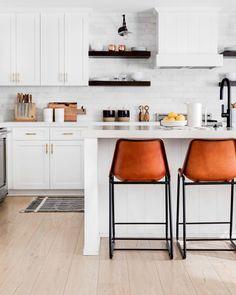 Kitchen design - 12 Interior Design Tips We Learned From Our Readers – Kitchen design Free Interior Design Software, Interior Design Business, Best Interior Design, Home Interior, Interior Decorating, Decorating Tips, Kitchen Dining, Kitchen Decor, Kitchen Ideas
