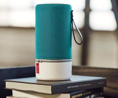 ZIPP Bluetooth Speaker by Libratone Specs:Height : 26.1 cm /...