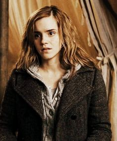 Photo of HBP Photoshoots for fans of Hermione Granger 22934574 Hermione Granger, Harry And Hermione, Ron Weasley, Draco, Harry Potter World, Harry Potter Characters, Yer A Wizard Harry, Harry Potter Wallpaper, Dramione