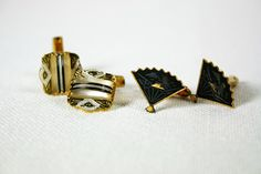 Vintage Mens Gold Tone Cuff Links Two Pair.