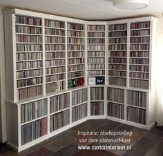 Nice storage for records Vinyl Record Cabinet, Vinyl Record Display, Record Shelf, Vinyl Record Storage, Cd Shelf, Diy Media Storage, Diy Dvd Storage, Home Music Rooms, Home Cinema Room