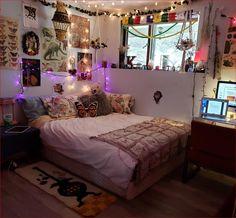 Room Design Bedroom, Room Ideas Bedroom, Bedroom Inspo, Cozy Bedroom, Indie Room Decor, Indie Dorm Room, Bohemian Bedroom Decor, Decor Room, Boho Decor