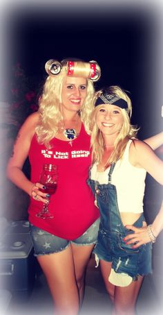 Are you attending a college party and wondering what to wear? We have an amazing 17 best college party outfits ideas for females. White Trash Party Outfits, White Trash Costume, White Trash Bash, Party Outfits For Women, Costumes For Women, Girl Outfits, Hillbilly Costume, Redneck Costume, Hillbilly Party