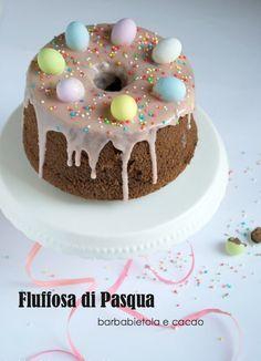 torta fluffosa (o chiffon cake) di pasqua alla barbabietola e cacao con glassa rosa alla barbabietola