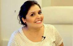 A maquiadora Nádia Tambasco em mais um vídeo-entrevista mostra quais são os pincéis realmente necessários para uma maquiagem feita em casa. Os pincéis são