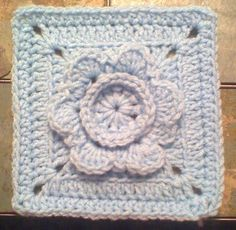 """BlueDragonFly Designs on a Hook: FRAMING A FLOWER 6"""" SQUARE   Free crochet pattern"""