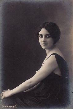 Musidora ( Jeanne Roques - fawnvelveteen)