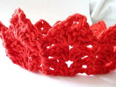 Erica's Tiara Headband...FREE pattern.