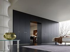 Stylish-Wardrobes-by-Gliss-Quick-of-Molteni-C.jpg 560×420 pixels