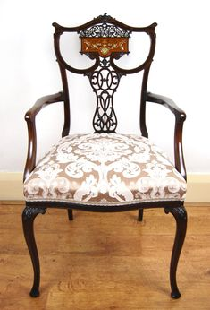 Antiques For Sale, Accent Chairs, Antique Photos, Armchair, My Room, Carving, Wood, Furniture, House