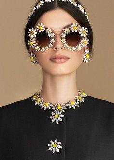 Лукбук коллекции Dolce & Gabbana сезона весна-лето 2016.