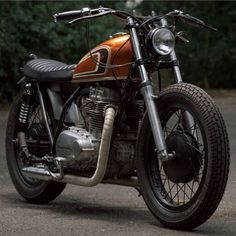 """856 Likes, 7 Comments - Lord of Wheel (@lordofwheel) on Instagram: """"Hot Kawasaki Z400 built by @klassikkustoms #lordofwheel #motorcycle #moto #bike #builtnotbought…"""""""