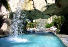 The Seven Wonders of Las Vegas Pools Cool Swimming Pools, Best Swimming, Cool Pools, Mandalay Bay Pool, Las Vegas Images, Las Vegas Grand Canyon, Lazy River Pool, Cheap Luxury Hotels, Vegas Pools