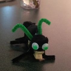 Vacation bible school bug zone themed craft made with clothespin!