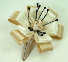Knotted Center Ribbon Flower PDF Tutorial ... NEW ... interchangeable headband technique. $6.00, via Etsy.