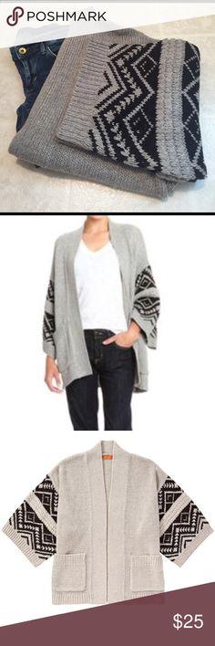 Joe Fresh Kimono Cardi NWT. Photos show styling and fit. Joe Fresh Sweaters