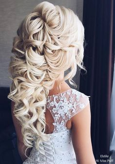 80 Gorgeous Wedding Hairstyles for Long Hair - Pin they all - Hochzeit Haare Long Hair Wedding Styles, Wedding Hairstyles For Long Hair, Wedding Hair And Makeup, Wedding Updo, Bride Hairstyles, Easy Hairstyles, Bridal Hair, Gorgeous Hairstyles, Beautiful Haircuts