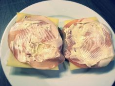 Koolhydraatarme recepten: Broodjes met bacon en kaas