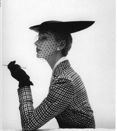 Lisa Fonssagrive in Balenciaga, taken by Irving Penn, 1950