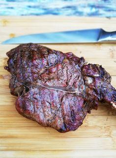 Tomahawk steak van de BBQ - Reverse Sear methode - Barbecue Recipes, Grilling Recipes, Kamado Bbq, Smoking Meat, Recipe Images, Food Blogs, Steaks, Cooking Tips, Delish