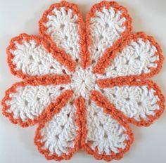 Lazy Daisy Crochet Dishcloth
