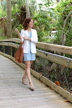 Two Ways to Wear a Linen Dress, from Work to Weekend