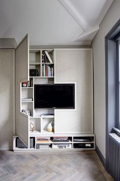 Small Living Room Storage 40 Creative Storage Design for Small Spaces Bedroom Ideas Small Space Bedroom, Small Room Design, Small Living Rooms, Living Room Designs, Bedroom Storage Ideas For Small Spaces, Bedroom Designs, Bedroom Ideas Creative, Interior Design Ideas For Small Spaces, Small Living Room Storage