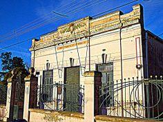 """Salón de la Ex Sociedad Italiana de Socorro Mutuo """"Victor Manuel III"""" en Irigoyen"""