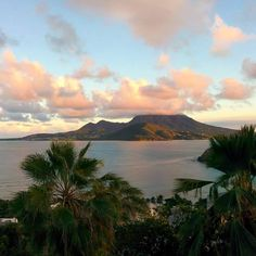 Last night we were treated to this view of Nevis and a soul soothing sun set. We're loving our latest #housesitting assignment here on St kitts Wanderlusters Ben & Charli