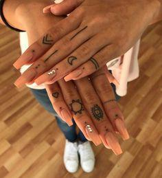 Pretty Tiny Tattoo Design For Woman - - Small tattoo on finger, Tiny tatto. - Pretty Tiny Tattoo Design For Woman – – Small tattoo on finger, Tiny tattoo design for wo - Pretty Tattoos, Cute Tattoos, Unique Tattoos, Hand Tattoos, Girly Tattoos, Tattoo Am Finger, Small Finger Tattoos, Small Tattoos, Finger Tats