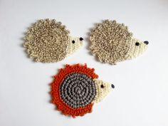 Crochet hedgehog coaster mug pad creme beige by MKedraHandmade, $6.50
