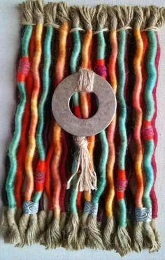 Weaving Projects, Weaving Art, Tapestry Weaving, Crochet Wall Hangings, Yarn Wall Hanging, Textile Jewelry, Textile Art, Peg Loom, Soft Sculpture