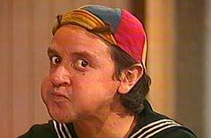 """Estava vendo um episódio de Chaves em português e vi que a palavra """"porca"""" causou muito rebuliço. Por quê?!  Procurei o original e descobri. Veja aqui: https://22tonslatinosport.wordpress.com/2017/07/23/as-porcas-do-sr-madruga-piadas-do-chaves-que-eu-nao-entendia/  #piadasdechavesquenãoentendia"""