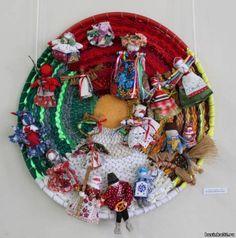 """Работа в форме круга - """"Календарь обядовых кукол"""""""