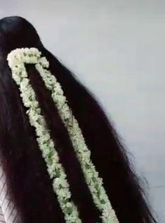 Indian Long Hair Braid, Braids For Long Hair, Beautiful Long Hair, Beautiful Flowers, Loose Hairstyles, Indian Beauty, Big Bun, Long Hair Styles, Awesome
