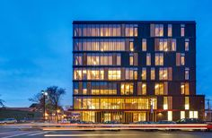 Tall Wood Building and Self-Supported Steel Structure Win RAIC& Innovation in Architecture Award Architecture Cool, Architecture Awards, Uses Of Wood, Wooden Skyscraper, Design Innovation, Innovation Centre, Timber Buildings, Office Buildings, Wood Cladding