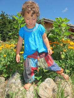 Childrens Harem Trousers Alibaba Hippie clothes Baby Aladdin boho Funky Pants in Clothes, Shoes & Accessories, Kids' Clothes, Shoes & Accs. Hippie Boy, Hippie Kids, Hippie Pants, Hippie Baby Clothes, Trendy Baby Clothes, Emo Clothes, Hippie Outfits, Boy Outfits, Funky Pants