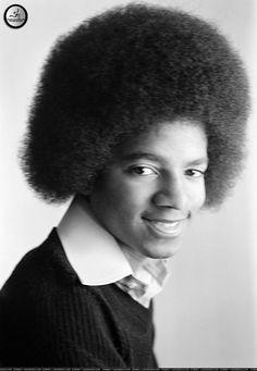 Michael Jackson Photo: Mikie and Sheryl kraai Photos Of Michael Jackson, Michael Jackson Smile, Jackson Family, Janet Jackson, Cola Wars, Crow Photos, Sheryl Crow, The Jacksons, Cute Cat Gif