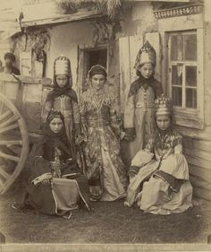 Women of Russia's Kuban region, late 19th century (by Dmitry I. Ermakov).