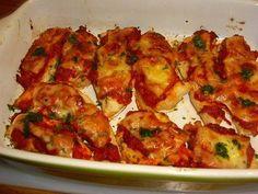 Dit+heerlijke+kipgerecht+at+ik+bij+een+vriendin+die+met+een+Italiaan+is+getrouwd.+Echt+Italiaans+dus.+De+kip+wordt+in+de+oven+heel+zacht+en+krijgt+de+verrukkelijke+smaak+van+de+pittige+tomatensaus.Heel+goed+voor+te+bereiden+dus+super+gemakkelijk+als+je+gasten+krijgt.+Gebruik+je+liever+geen+wijn+doe+dan+na+het+bakken+van+de+peper,+ui+en+knoflook,+direct+de+tomatenblokjes+erbij.+Is+niet+echt+een+groot+verschil.