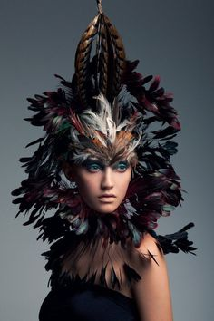 Bird of Paradise – Photographer Jeff Tse captures a wild and colorful Brittany Hollis in these stunning beauty portraits. With impressive hair and feather… Creative Fashion Photography, Feather Headdress, Hair Feathers, Feather Crown, Indian Feathers, Feather Mask, Top Photographers, Headgear, Fashion Sketches