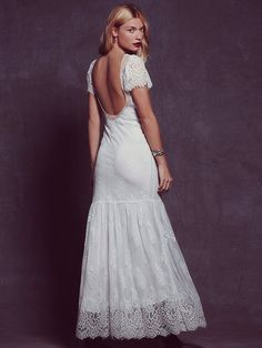 Unique, stunning wedding dresses you can actually afford