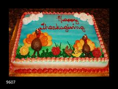 Happy Thanksgiving cake with turkies Torta del ringraziamento felice con i turkies Pretty Cakes, Beautiful Cakes, Amazing Cakes, Baking Cupcakes, Cupcake Cakes, Walmart Cakes, Sheet Cakes Decorated, Turkey Cake, Cake Borders