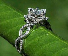 Ring Beautiful like a Rose