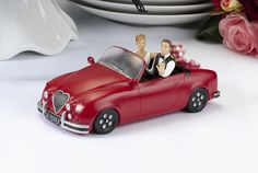 Cool cruise to the alter cake topper.