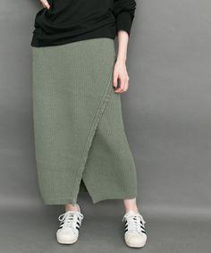 KBF(ケイビーエフ)のKBF ニットラップスカート(スカート)|モスグリーン