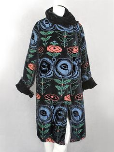 Devoré velvet coat patterned with Wiener Werkstatte-style flowers, 1920s