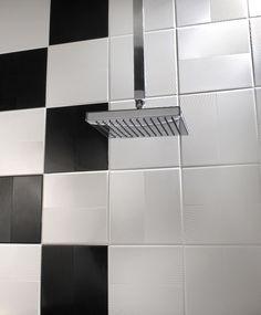 Jännästi kohokuvioinen seinälaatta Wave, punainen, valkoinen ja musta. Walltile Wave 20 x 20cm. www.k-rauta.fi