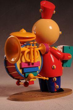 Tin Toy Pixar vinyl figure by MINDStyle